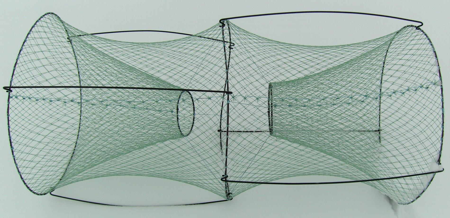 Верша универсальная d=53, L=110, два входа, яч. Подъемники<br>Верша универсальная. Применяется для ловли <br>рыбы в заросших водоемах, где невозможна <br>ловля удочкой.<br>