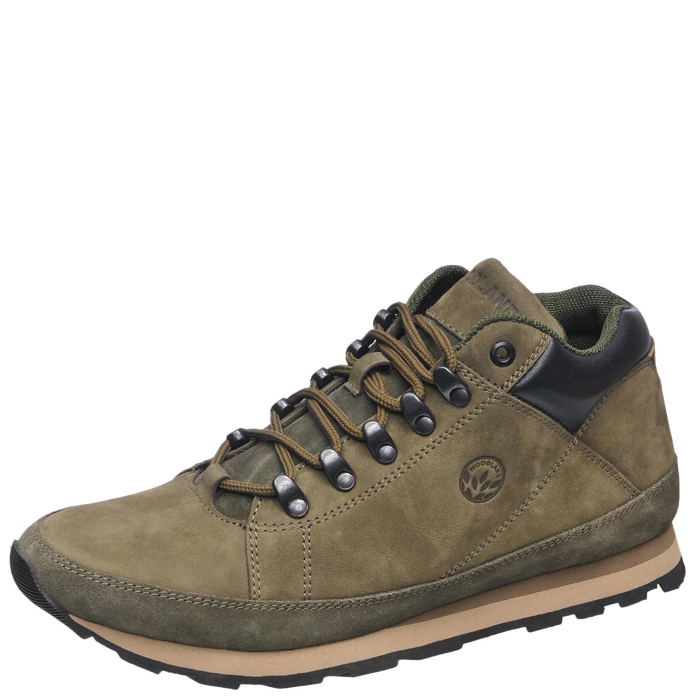 Ботинки мужские, треккинговые, оливковые Ботинки для трекинга<br>Стильные мужские ботинки из высококачественного <br>натурального нубука, с деталями из бархатистого <br>замшевого спилока. Воздухопроницаемая <br>подкладка из текстиля и комфортная стелька <br>из износоустойчивой натуральной кожи обеспечивают <br>максимальный комфорт внутри обуви. Легкая, <br>гибкая комбинированная подошва из ЭВА и <br>резины обладает прекрасными амортизирующими <br>свойствами.<br><br>Пол: мужской<br>Размер: 43<br>Сезон: демисезонный<br>Цвет: оливковый