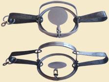 Капкан №3 с цепью (бобер)Капканы<br>Капкан охотничий №3 предназначен для охоты <br>на бобра. Многолетний опыт производства <br>капканов ЗАО ТОНАР плюс (начиная с 1988 года), <br>применение высококачественной легированной <br>стали, точное соблюдение технологии изготовления <br>обеспечивают долгий срок службы и безотказную <br>работку капканов в любых условиях. Конструкция <br>капкана определяет его высокую уловистость <br>и безопасность для охотника.<br>