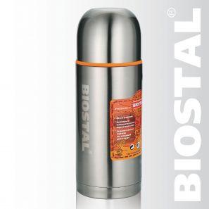 Термос Biostal Спорт NBP-1000 1,0л (узкое горло, Термосы<br>Легкий и прочный Сохраняет напитки горячими <br>или холодными долгое время Изготовлен из <br>высококачественной нержавеющей стали Корпус <br>покрыт защитным прозрачным лаком Укомплектован <br>дополнительной пробкой С крышкой-чашкой <br>и дополнительной пластиковой чашкой Гарантия <br>на термос 1 год. Характеристики: Артикул: <br>NBP-1000 Объем: 1,0 литра Высота: 27,7 см Диаметр: <br>9 см Вес: 690 грамм Размеры упаковки: 9,5см x <br>9,5см x 33,7см Термос с узким горлом NВP-1000 ТМ <br>«BIOSTAL» относится к серии «СПОРТ» премиум-класса. <br>Термосы этой серии вобрали в себя самые <br>передовые энергосберегающие технологии <br>и отличаются применением более совершенных <br>термоизоляционных материалов, а так же <br>новейшей технологией по откачке вакуума. <br>Термос предназначен для хранения горячих <br>и холодных напитков (чая, кофе и пр.) и укомплектован <br>двумя пробками (вторая пробка в подарок): <br>пробка без кнопки надежна, проста в использовании <br>и позволяет дольше сохранять тепло благодаря <br>дополнительной теплоизоляции, пробка с <br>кнопкой удобна в использовании и позволяет, <br>не отвинчивая ее, наливать напитки после <br>простого нажатия на кнопку.<br>