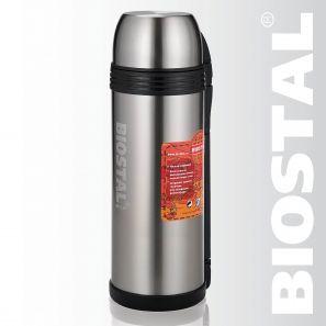 Термос Biostal Спорт NGP-2000P 2,0л (универсальный, Термосы<br>Легкий и прочный Сохраняет напитки и продукты <br>горячими или холодными долгое время Изготовлен <br>из высококачественной нержавеющей стали <br>Корпус покрыт защитным прозрачным лаком <br>Конструкция пробки позволяет использовать <br>термос как для напитков, так и для первых <br>и вторых блюд С удобной ручкой и ремешком <br>для переноски С крышкой-чашкой и дополнительной <br>пластиковой чашкой Характеристики: Объем: <br>2,0 литра Высота: 34 см Диаметр: 12,5 см Вес: 1060 <br>грамм Размеры упаковки: 12,5см x 12см x 34,6см<br>