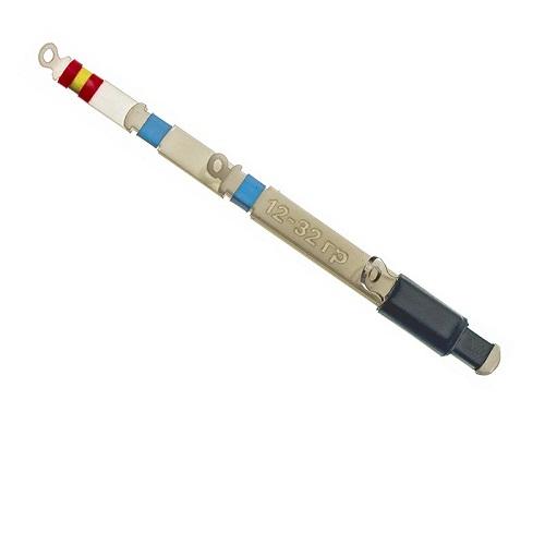Сторожок Баланс-Р 10 См/тест 12.0-32.0Сторожки<br>Сторожок БАЛАНС-Р 10 см/тест 12.0-32.0 дл.10см/тест <br>12-32г/кол. в опт. уп.5шт Баланс-R представляют <br>собой 6-ти слойную рессорную конструкцию <br>из лавсановых пластин. Лавсан обеспечивает <br>высочайшую чувствительность кивка к поклевкам. <br>Большое количество слоев в рессорном наборе <br>делают движения кивка активными, а игру <br>приманки «Живой», позволяя рыболову экспериментировать <br>с игрой приманки в различных слоях воды. <br>Изменяемая длина сторожка позволяет регулировать <br>активность игры приманки в процессе ловли, <br>соблазняя пассивного хищника. Крупные пропускные <br>кольца не подвержены быстрому обмерзанию <br>и равномерно распределяют нагрузку по всей <br>длине кивка. Имеют двойную маркировку по <br>тесту – не стираемую надпись на бланке, <br>обозначенную в граммах и цветовую маркировку <br>кембриками, позволяющую быстро визуально <br>оценить мощность кивка. Представлены в <br>пяти вариантах жесткости и способны работать <br>с любым существующим балансиром.<br><br>Сезон: зима