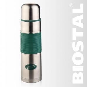 Термос Biostal NB-1000 P-G 1,0л (узкое горло, цв. силик. Термосы<br>Легкий и прочный Сохраняет напитки горячими <br>или холодными долгое время Изготовлен из <br>высококачественной нержавеющей стали С <br>крышкой-чашкой и цветной силиконовой вставкой <br>Пробка с кнопкой позволяет наливать напитки, <br>не отвинчивая пробку Гарантия на термос <br>1 год. Характеристики: Артикул: NB-1000Р-G Объем: <br>1,0 литра Высота: 31,6 см Диаметр: 8,5 см Вес: <br>593 г Размеры упаковки: 9х9х32,5 см Термос с <br>узким горлом NВ-1000Р-G ТМ «BIOSTAL» относится <br>к классической серии. Термосы этой серии, <br>являющейся лидером продаж, просты в использовании, <br>экономичны и многофункциональны. Термос <br>предназначен для хранения горячих и холодных <br>напитков (чая, кофе и пр.) и имеет удобную <br>цветную силиконовую вставку.<br>