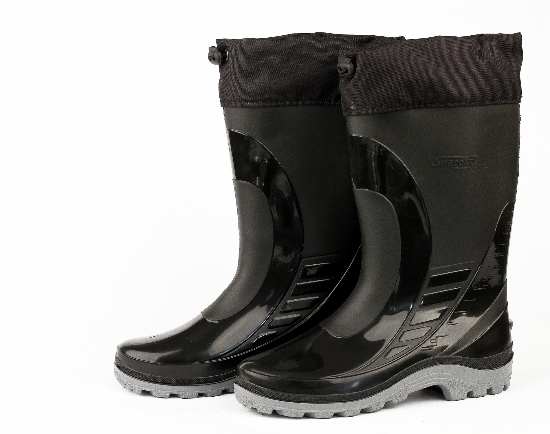 Сапоги ПВХ (SARDONIX) мужские черные с надставкой Сапоги для активного отдыха<br>Современная модель сапога, выполненная <br>методом двухкомпонентного литья, предназначена <br>для защиты ног от влаги и общих загрязнений. <br>Для голенища сапога используется эластичный <br>морозостойкий ПВХ (температура хрупкости <br>материала -30С) и специальный морозостойкий <br>подошвенный ПВХ, позволяющий увеличить <br>изсностойскость и придать комфортность <br>при ходьбе. Высота сапога 30см. Производство <br>SARDONIX.<br><br>Пол: мужской<br>Размер: 45(292)<br>Сезон: лето<br>Цвет: черный<br>Материал: Поливинилхлорид (ПВХ)морозостойкий(-30С)