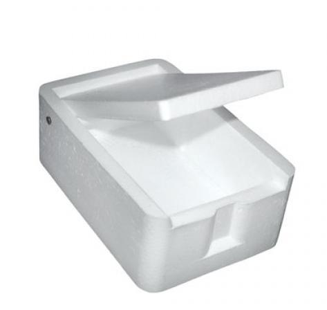 Мотыльница квадратная средняя (Три кита)Коробки для наживки<br>мотыльница – это наиважнейшая деталь зимней <br>рыбалки. Мотыльница сохраняет тепло, препятствуя <br>промерзанию (основная характеристика пенопласта). <br>Крышка коробки плотно прилегает по всей <br>своей поверхности к стенкам коробки, чтобы <br>мотыль не мог случайно вывалиться или выползти <br>за её пределы. размер 60х80х30мм<br>