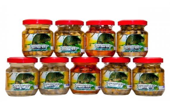Кукуруза консервир. 105г жмыхНасадки<br>Кукуруза – доступная и известная насадка <br>для рыбалки. Ее не сложно приготовить как <br>для использования в качестве насадки, так <br>и в качестве прикормки. Она хорошо держится <br>на крючке, у нее стойкий аромат, исключительные <br>вкусовые качества. Во время рыбалки на кукурузу <br>охотно берут такие рыбы как плотва, язь, <br>карась, голавль, густера, сазан, лещ.<br>