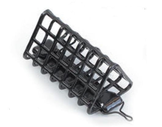 Кормушка фидерная треугол. дл.50мм. (40гр.) Кормушки, груза, монтажи донные<br>Кормушка выполнена из толстой металлической <br>сетки, что позволяет избежать деформации <br>кормушки в процессе ловли. Применена технология <br>порошкого напыления, стойкого к истиранию <br>и ударам.<br>