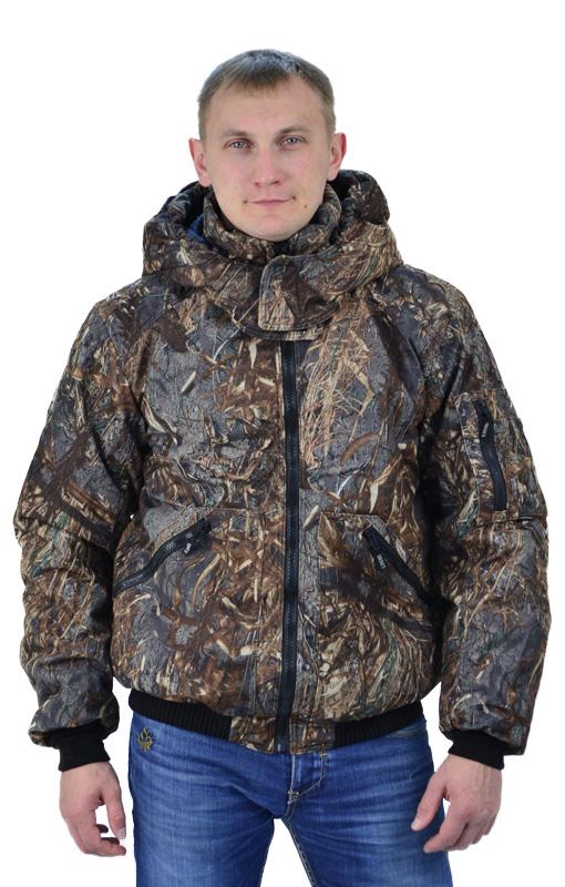 Куртка мужская Бомбер КМФ Камыш2, тк.Оксфорд Куртки утепленные<br>Куртка укороченная, с центральной застежкой <br>на разъемную молнию, на притачном трикотажном <br>поясе, воротник стойка, рукав втачной. На <br>полочках расположены нижние накладные <br>карманы, застегивающиеся на тесьму-молнию. <br>Полочки и спинка с притачной кокеткой. Рукава <br>трехшовные, с притачной трикотажной манжетой. <br>На левом рукаве на средней части расположен <br>двойной накладной карман, застегивающийся <br>на тесьму-молнию. Воротник - стойка. Нижний <br>воротник из флиса с обтачкой из основной <br>ткани. Левая полочка подкладки с накладным <br>карманом, застегивающимся на контактную <br>ленту.<br><br>Пол: мужской<br>Сезон: демисезонный<br>Цвет: коричневый