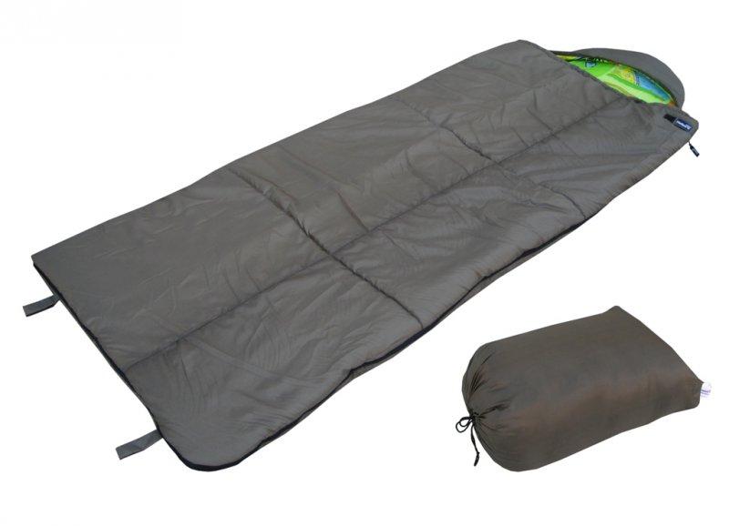 Спальный мешок БАТЫР XXL СОШ-3 (220*90) зеленый Спальники<br>Спальник мешок БАТЫР XXL СОШ-3 - большой спальный <br>мешок-одеяло для прохладной погоды. Размер <br>220*90 см. Материал внешний: Taffeta 190T. Цвет: олива. <br>Внутренний материал: бязь. Утеплитель: Холлофайбер. <br>Температурный режим:t комфорта: +4С +15С. t <br>экстрима: - 6 С. Вес - 1,90кг. Разъемная молния, <br>позволяющая соединять 2 спальника вместе. <br>Шнуры с фиксаторами для регулировки капюшона. <br>Боковая застежка на липучке. Петли для подвешивания <br>спальника во время просушки. Упаковочный <br>чехол с ручкой для переноски.<br><br>Сезон: демисезонный