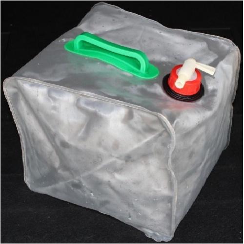 Канистра Складная Следопыт 10.0 ЛКанистры<br>Канистра складная 10.0 л Материал: полиэтилен/Объем: <br>10л Складная канистра с краном-клапаном, <br>изготовлена из очень прочного полиэтилена, <br>предназначена для переноски и хранения <br>воды во время путешествия. В сложенном виде <br>очень компактна.<br>