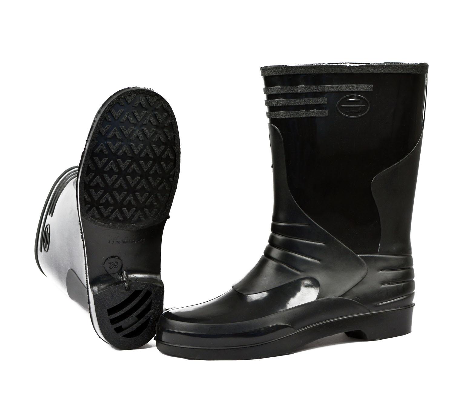 Сапоги ПВХ - Лайт женские черные (в упаковке Сапоги для активного отдыха<br>Обувь для защиты от воды, слабых растворов <br>кислот и щелочей, нефтепродуктов. Высота <br>27 см.<br><br>Пол: женский<br>Размер: 39<br>Сезон: лето<br>Цвет: черный<br>Материал: поливинилхлорид (ПВХ)