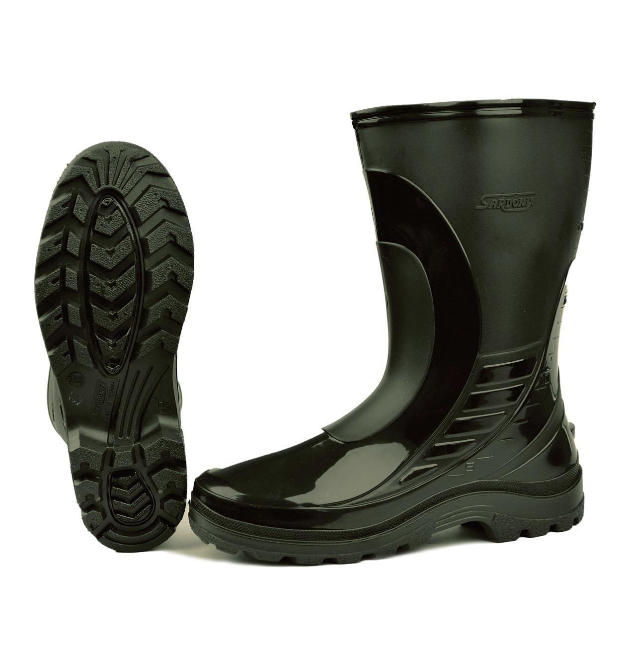 Сапоги ПВХ (SARDONIX) мужские, цвета в ассортименте Сапоги для активного отдыха<br>Современная модель сапога, выполненная <br>методом двухкомпонентного литья, предназначена <br>для защиты ног от влаги и общих загрязнений. <br>Для голенища сапога используется эластичный <br>морозостойкий ПВХ (температура хрупкости <br>материала -30С) и специальный морозостойкий <br>подошвенный ПВХ, позволяющий увеличить <br>изсностойскость и придать комфортность <br>при ходьбе. Высота сапога 30см. Производство <br>SARDONIX.<br><br>Пол: мужской<br>Размер: 42(270)<br>Сезон: лето<br>Цвет: оливковый<br>Материал: Поливинилхлорид (ПВХ)морозостойкий(-30С)