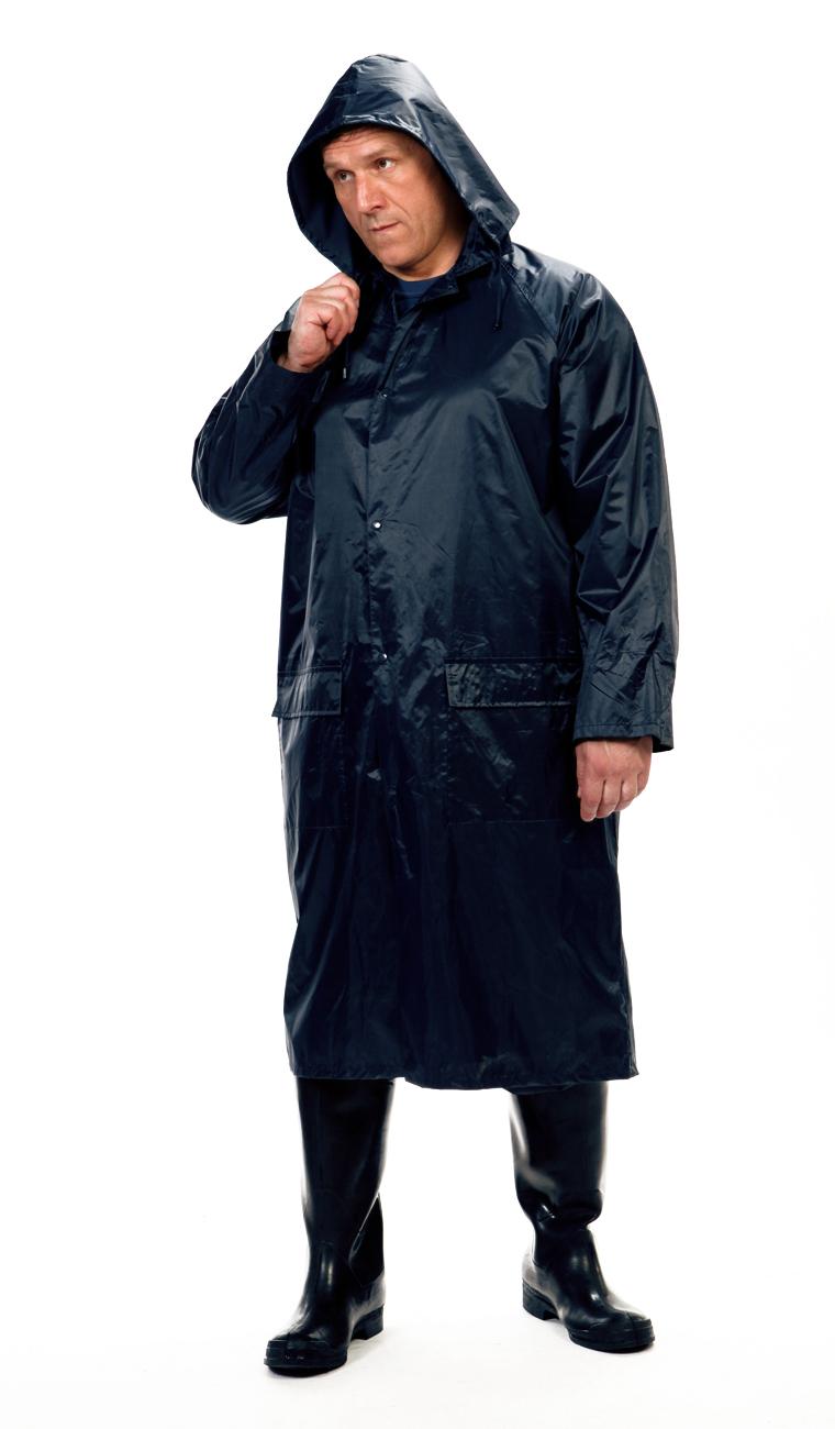 Плащ ВВЗ Рыбак нейлоновый т-синий (L)Плащи<br>На воротнике карман на молнии для капюшона. <br>Швы проклеены изнутри.<br><br>Пол: мужской<br>Размер: L<br>Сезон: демисезонный<br>Цвет: синий<br>Материал: текстиль