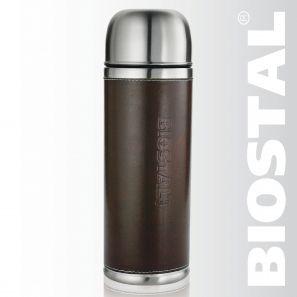 Термос Biostal Охота NYP-1000P 1,0л (узкое горло,кож.вст.,2 Термосы<br>Легкий и прочный Сохраняет напитки горячими <br>или холодными долгое время Изготовлен из <br>высококачественной нержавеющей стали С <br>крышкой-чашкой и вставкой из кожзаменителя <br>Укомплектован дополнительной пробкой Характеристики: <br>Объем: 1,0 литра Высота: 30,3 см Диаметр: 8,9 см <br>Вес: 780 грамм Размеры упаковки: 9,5см х 9,5 х <br>36,5см<br>