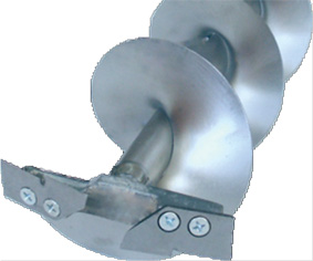 Ледобур Титан ТЛР-150Д-2НТШ (2 ножа, телеск. Ледобуры ручные<br>Двухножевой титановый ледобур с телескопическим <br>шнеком, увеличенной длиной шнека и увеличенным <br>количеством витков шнека. Диаметр бурения <br>150 мм, глубина бурения - до 1900 мм. Масса - 2,1 <br>кг.<br>