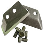 Ножи для ледобура ЛР-130 Скат (2шт.)Ледобуры ручные<br>Для каждого диаметра ледобуров разработана <br>собственная конструкция ножей с оптимальными <br>углами резания. Изготовленные из высокоуглеродной <br>легированной стали, ножи имеют объемную <br>закалку и высокую твердость, что позволяет <br>многократно перетачивать ножи без ухудшения <br>их первоначальных свойств. Преимущества: <br>- Новейшая разработка! - Не откручиваются <br>при бурении! - Легко перетачиваются! - Повышенная <br>стойкость лезвия! - Комплектуются болтами! <br>- Низкая цена!<br>