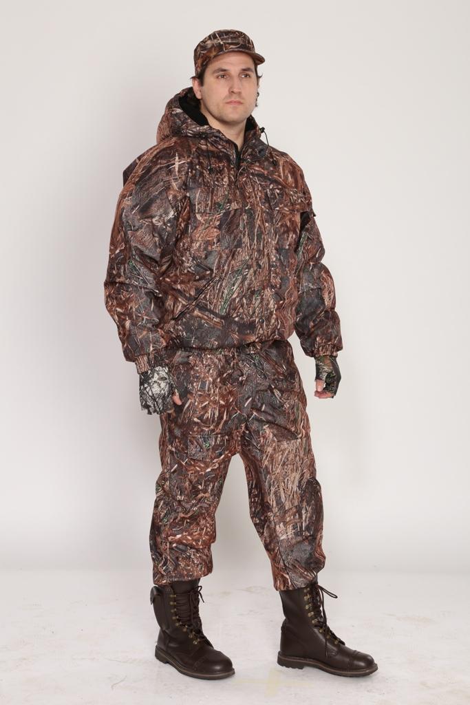 Костюм мужской Вихрь демисезонный кмф Костюмы неутепленные<br>Камуфлированный универсальный демисезонный <br>костюм для охоты, рыбалки и активного отдыха. <br>Состоит из укороченной куртки с капюшоном <br>и полукомбинезона. Куртка: • Регулируемый <br>капюшон - воротник на флисе. • Центральная <br>застежка молния закрыта ветрозащитной <br>планкой на кнопках. • Нижние прорезные <br>карманы на молнию, нагрудные накладные <br>карманы с клапаном на кнопке и накладной <br>карман с клапаном на кнопке на рукаве. • <br>Низ куртки и манжеты на широкой резинке. <br>Полукомбинезон • Высокая спинка и полочка <br>• Застежка центральная на молнию.. • Два <br>верхних прорезных кармана и один накладной <br>боковой с клапаном на кнопке • Талия регулируется <br>резинкой. • Низ брюк регулируется шнуром <br>с фиксатором.<br><br>Пол: мужской<br>Размер: 48-50<br>Рост: 170-176<br>Сезон: демисезонный<br>Цвет: камыш 2 (фотокамуфляж)<br>Материал: Алова (100% полиэстер) пл. 225 г/м.кв - трикот.полотно
