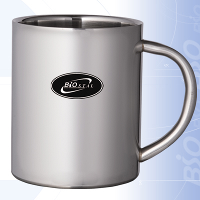 Термокружка Biostal NМ-450 С металлич. ручка Кружки, стаканы<br>Артикул: NM-450C Объем: 0,45 литра Высота: 10см <br>Диаметр: 8,5см Вес: 160 г Размеры упаковки: <br>9,7x11,8x12см<br>