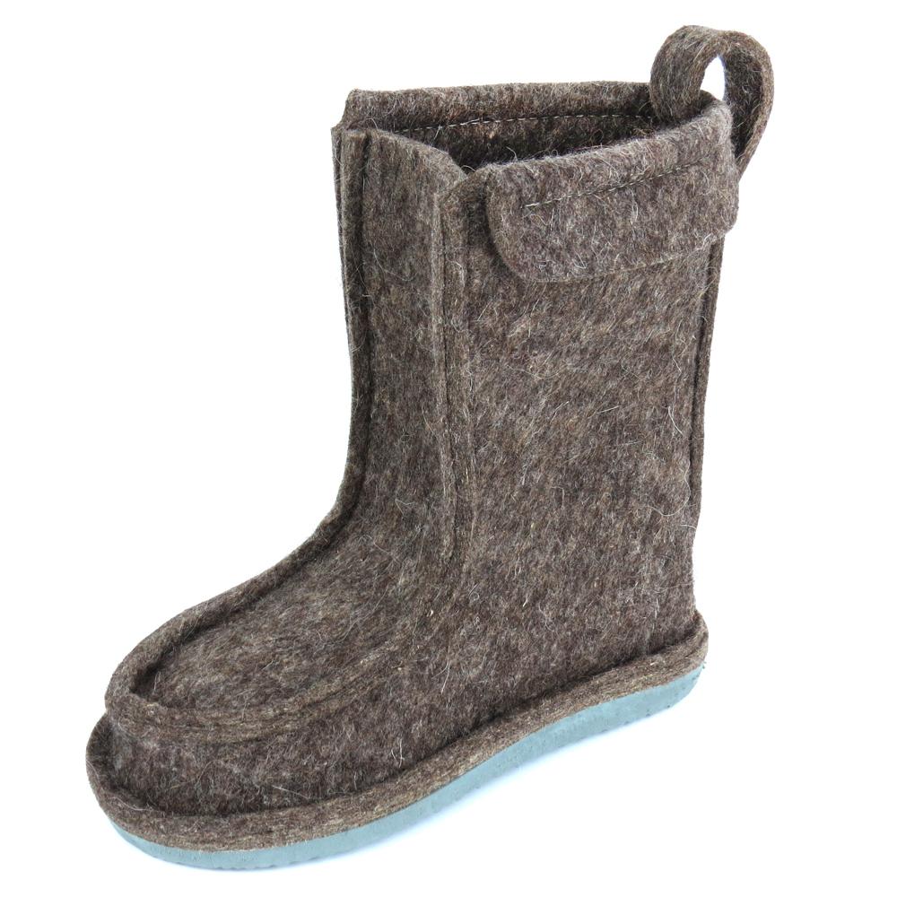 Валенки шитые короткие Полувалеши (Таймыр) Валенки, унты<br>Предназначены для использования в условиях <br>пониженных температур. Хорошая теплоизоляция <br>ноги обеспечивается благодаря войлочной <br>стельке. Высота валенок: 30см<br><br>Размер: 40