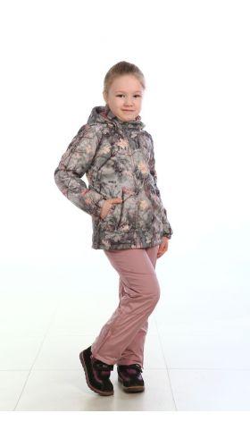 Костюм демисезонный детский Веснушка Костюмы утепленные<br>Костюм демисезонный/зимний облегченный <br>для активного отдыха. Куртка, брюки. - куртка <br>с рельефами, и двумя нижними прорезными <br>карманами; - центральная застежка фронтальную <br>молнию, закрытую ветрозащитной планкой <br>на кнопках; - воротник стойка, комбинированный <br>с флисом - капюшон пристегивается на кнопки, <br>по внешнему краю имеет стяжку на резинку <br>с фиксатором; - низ рукавов с внутренней <br>трикотажной манжетой - подкладка куртки <br>комбинированная с флисом с тремя функциональными <br>карманами; - по низу куртки кулиса с резиновым <br>шнуром для регулировки объема - центральная <br>застежка брюк на молнию - низ брюк со шлицами <br>на молнии; - на передних половинках брюк <br>расположено 2 прорезных кармана; - количество <br>карманов – 8 Ткань верха: Принцесс (с эффектом <br>памяти) Водонепроницаемость: 2000 мм Подкладка: <br>флис 190 гр/м2 Температурный режим: от +5 до <br>15°С<br><br>Пол: женский<br>Рост: 164<br>Сезон: демисезонный<br>Материал: Принцесс (с эффектом памяти)