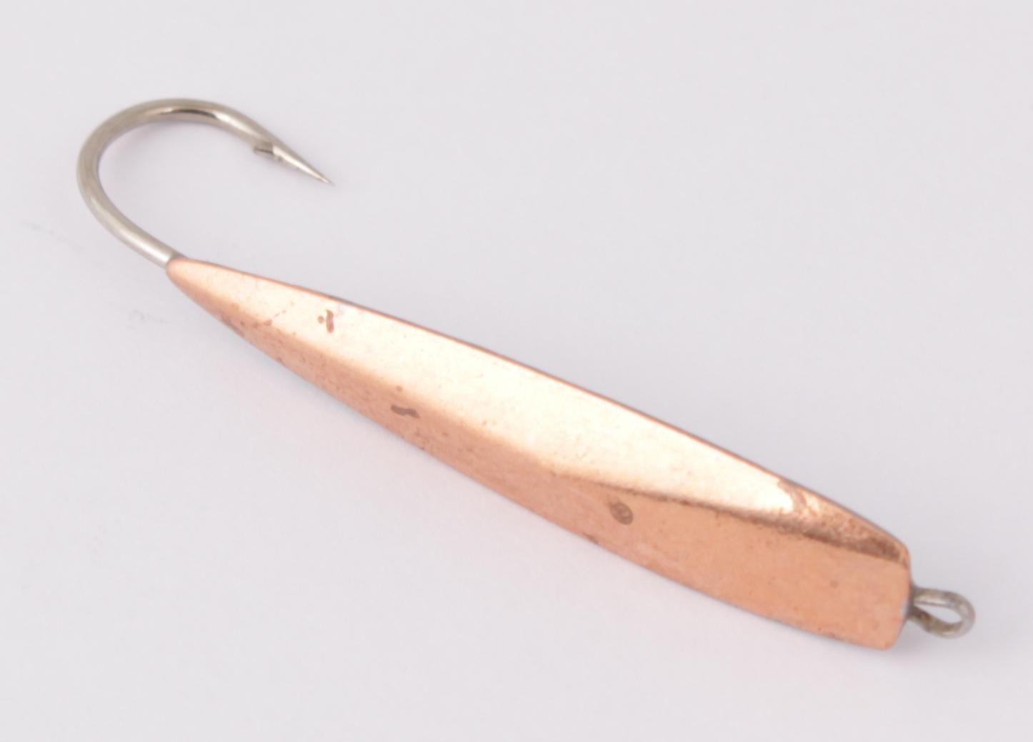Блесна зимняя DIXXON-RUS Катет-2 (медь)(2,3г) (3шт) Блесны<br>Блесна для отвесного блеснения рыбы. Оснащена <br>впаянным двойным крючком. Вес - 2,3 г Цвет <br>- медь<br>