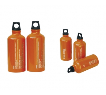 Фляга FB-750Аксессуары<br>Фляга FB-750<br>Фляга из нержавеющей стали для топлива <br>к бензиновым и мультитопливным горелкам, <br>емкость 750 мл.<br>Если вы пользуетесь в своем путешествии, <br>походе или на даче горелками, тогда Фляга <br>из нержавеющей стали для топлива к бензиновым <br>и мультитопливным горелкам вам просто необходима <br>.<br>