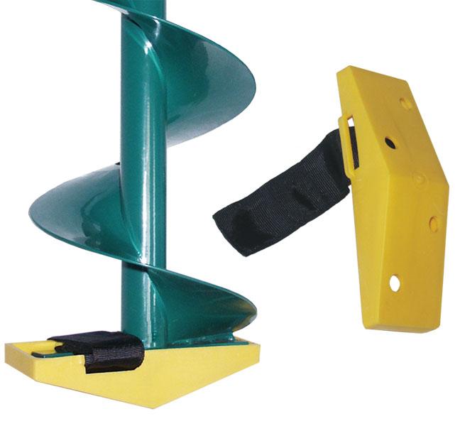 Футляр для ножей ледобура 100мм (ЛР-100)Аксессуары для Ледобуров<br>Футляр для ножей ледобура ЛР-100. С марта <br>2004 г. все ледобуры комплектуются защитным <br>пластиковым футляром для ножей. Для комплектации <br>ледобуров, приобретенных ранее этого срока, <br>или взамен утраченных футляров, имеется <br>возможность отдельной их поставки. Для <br>каждого диаметра бурения выпускается собственная <br>модель.<br>