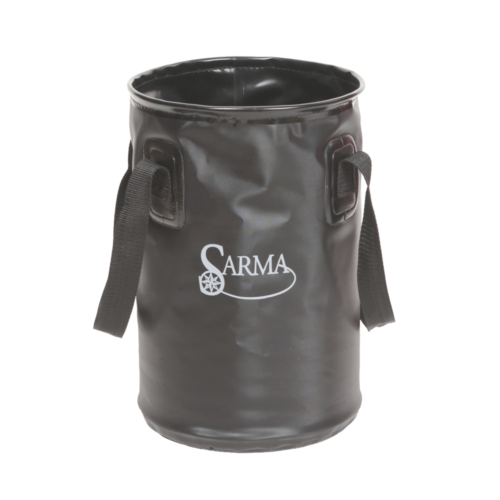 Складное ведро Sarma С005-1(10л)Ведра<br>- дно из армированного ПВХ - сварные водонепроницаемые <br>швы; - в верхней части стальное кольцо; - <br>2 ручки из стропы. Ведро изготовлено из водонепроницаемого <br>материала. Складное ведро имеет много областей <br>применения: его легко носить с собой на <br>рыбалку, на охоту, в поход. Ведро можно использовать <br>для приготовления прикормки, забора воды, <br>переноски улова. Это отличное снаряжение <br>на все случаи жизни. Цвет изделия: черный <br>Размеры: 23см*23см*35см Вес изделия:0,3кг Материал <br>изделия: Ткань тентовая с покрытием ПВХ, <br>пленка ПВХ<br><br>Цвет: черный<br>Материал: ПВХ