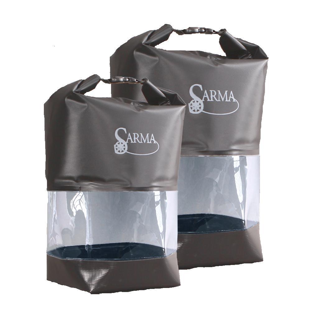 Баул водонепроницаемый SARMA с прозрачной Сумки<br>Материал: Ткань тентовая с покрытием ПВХ, <br>пленка прозрачная и пленка черная не армированная <br>Цвет изделия: Коричневый Конструкция: - <br>сварные водонепроницаемые швы; - прозрачная <br>вставка; - в верхней части закрутка с фастексом <br>для регулировки объема баула так же служащая <br>ручкой для переноса. Баул изготовлен из <br>водонепроницаемого материала. Имеет герметичные <br>сварные швы. Прозрачная вставка поможет <br>увидеть содержимое баула. Баул можно легко <br>поместить в лодку охотника или рыбака.<br>