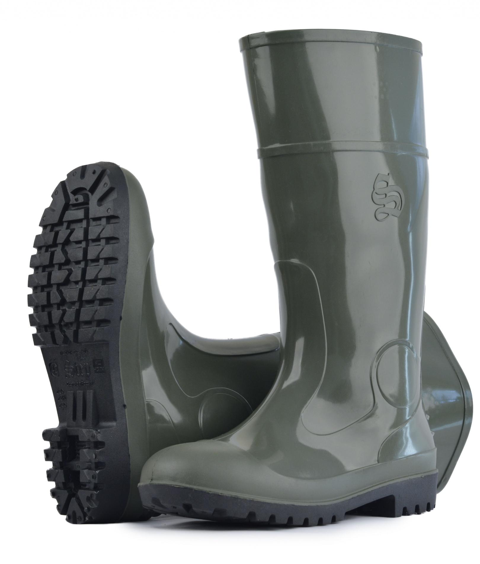 Сапоги высокие ПВХ МБС КЩС (STEP) мужские Сапоги для активного отдыха<br>Сапоги предназначены для рабочих, занятых <br>в самых различных отраслях промышленности, <br>сапоги выполнены по технологии трехцветного <br>литья. Укомплектованы металлоподноском, <br>что обеспечивает защиту ног от ударов (нагрузка <br>200 Дж), падений тяжелых предметов на ноги, <br>проколов и других механических воздействий. <br>Самоочищающийся протектор с грунтозацепами <br>препятсвует налипанию грязи и застреванию <br>породы в рифе подошвы, надежный, нескользящий, <br>оригинальный протектор, устойчив к воздействию <br>нефтяных, растительных и животных масел. <br>Увеличенный профиль подноска исключает <br>соприкосновение ноги с верхней кромкой <br>подноска при выполнении любой работы. Наличие <br>ребер жесткости в передней и задней части <br>голенища. Увеличение толщины стенок голенища <br>от верха к низу делает сапоги защищенными <br>от боковых разрывов. Высота сапога 40см Производитель: <br>STEP<br><br>Пол: мужской<br>Сезон: лето<br>Материал: поливинилхлорид (ПВХ)МБС, КЩС