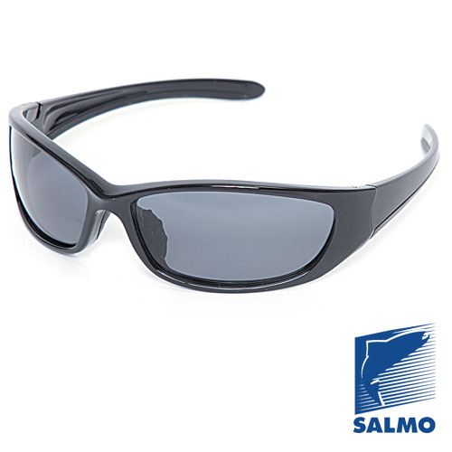 Очки Поляризационные Salmo 15Очки для активного отдыха<br>Очки поляризационные Salmo 15 толщ.линз.0,65мм/мат.опр.поликарбонат <br>Поляризационные очки предохраняют глаза <br>рыболова от инфракрасного излучения солнца. <br>Они снижают солнечные блики от воды, во <br>время рыбалки. Эти очки позволяют рыболову <br>смотреть «сквозь воду» и ловить рыбу целый <br>день против солнца. • Ярлык-тестер, для <br>проверки качества поляризации. • цвет стекол: <br>серые. упаковка: чехол из ткани.<br><br>Пол: унисекс<br>Сезон: все сезоны