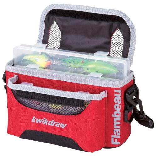 Ящик-Сумка Flambeau 3501St Tackle System KwikdrawЯщики рыболова<br>Ящик-сумка Flambeau 3501ST TACKLE SYSTEM KWIKDRAW разм.23,8х10х12,5см <br>-Сумка для рыболовных приманок и принадлежностей. <br>-Задний карман оборудован молнией увеличенного <br>размера с удобным для хвата язычком замка. <br>-Регулируемый наплечный ремень для транспортировки. <br>-В комплекте коробки: арт. 2003 (1 шт.) и 3003 (2 <br>шт.) -Размер: 23,8 х 10 х 12,5 (см).<br><br>Сезон: Летний