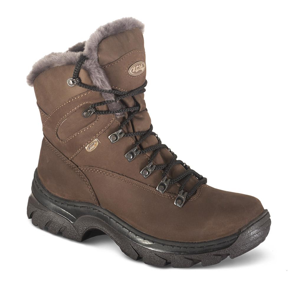 Ботинки ХСН «Трэвел-VIP» туристические (541-1) Ботинки для активного отдыха<br>Подходит для активного отдыха, охоты и <br>рыбалки. Комфортная температура эксплуатации: <br>от -30° до 0°С. Особенности: - легко поддаются <br>аэрозольной обработке; - усиливающие элементы <br>в носовой и пяточной частях; - металлический <br>супинатор; - утеплитель: натуральный мех; <br>- износоустойчивая подошва; - Cambrelle - потоотводящий <br>материал; - при изготовлении применяются <br>высокопрочные нити Guterman (Германия).<br><br>Пол: мужской<br>Размер: 46<br>Сезон: зима<br>Цвет: коричневый
