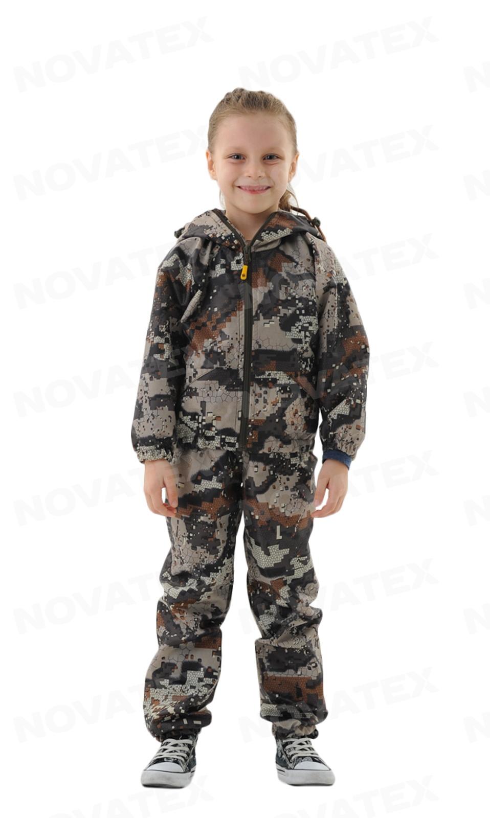 Костюм «Грибник» (оксфорд, лес) детский Костюмы неутепленные<br>Летний костюм «Грибник» (ТМ «Квест») от <br>компании Novatex. Этот костюм является ярким <br>представителем ветро-влагозащитных костюмов. <br>Костюм изготовлен из ткани «Оксфорд», которая <br>не промокает и обладает грязезащитными <br>свойствами. Любое загрязнение очень просто <br>и быстро удаляется с такой ткани. Если вы <br>собрались в лес за грибами, а синоптики <br>пугают возможными дождями — не переживайте! <br>Вам достаточно надеть костюм «Грибник» <br>и не бояться мокрой погоды!<br><br>Пол: унисекс<br>Рост: 122-128<br>Сезон: лето<br>Цвет: зеленый
