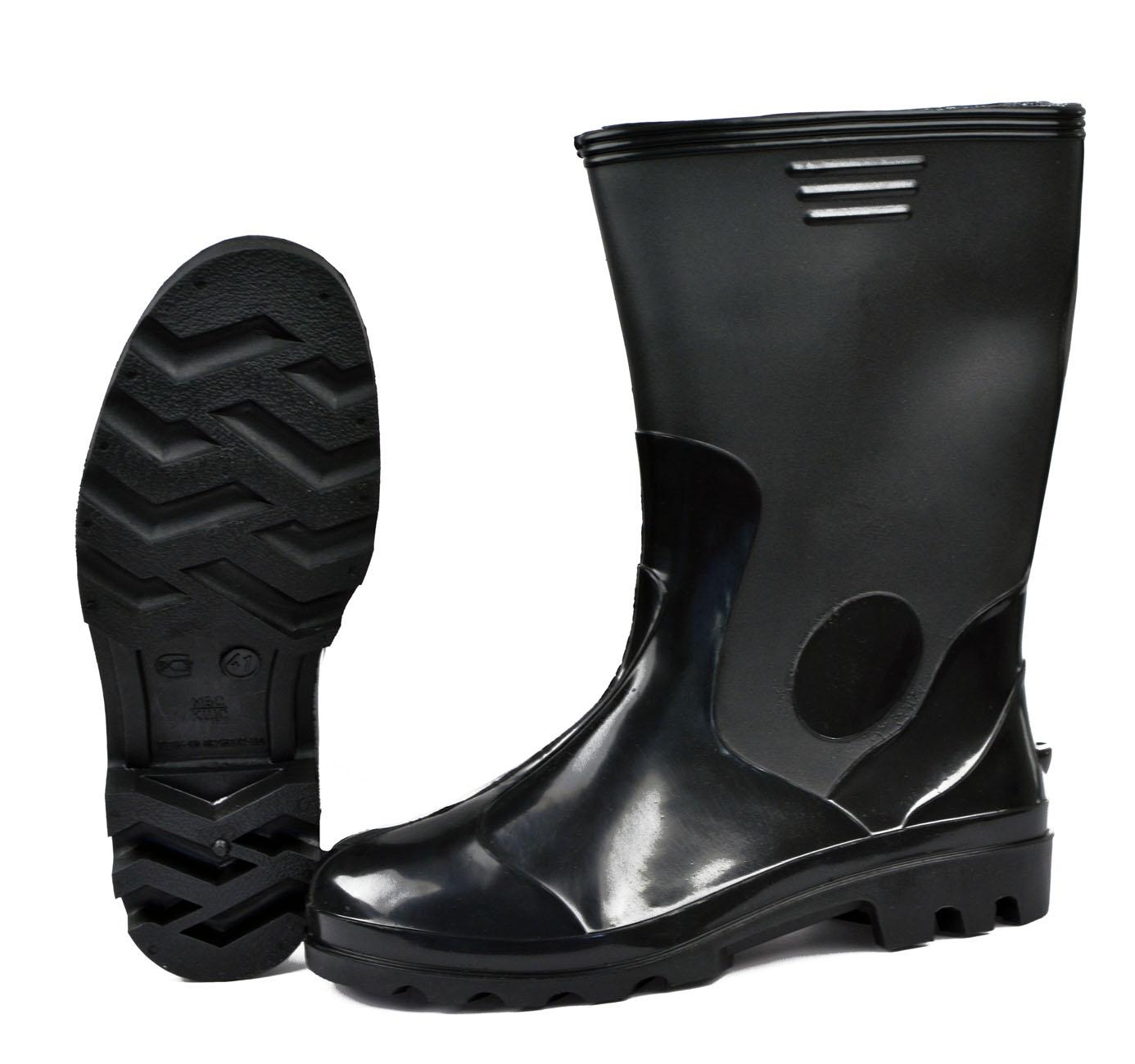 Сапоги ПВХ - Лайт МБС, КЩС мужские черные Сапоги для активного отдыха<br>Обувь для защиты от воды, слабых растворов <br>кислот и щелочей, нефтепродуктов. Высота <br>30 см.<br><br>Пол: мужской<br>Сезон: лето<br>Цвет: черный<br>Материал: поливинилхлорид (ПВХ)МБС, КЩС