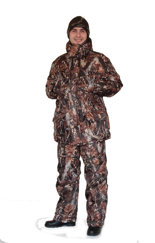 Костюм мужской Нордвиг зимний КМФ Коричневый Костюмы утепленные<br>Камуфлированный универсальный костюм <br>для охоты, рыбалки и активного отдыха при <br>низких температурах. Состоит из удлинненной <br>куртки и полукомбинизона. Куртка: • Отстегивающийся <br>регулируемый капюшон. • Воротник стойка-флис <br>• Центральная застежка молния с ветрозащитной <br>планкой на липе. • Накладные объемные карманы <br>с клапанами. • Низ рукава с трикотажными <br>манжетами. • По линии талии - кулиска Полукомбинезон: <br>• Закрывает грудь и спину. • С центральной <br>застежкой на молнии • Два боковых накладных <br>объемных кармана с клапанами. • Бретели <br>регулируемые эластичной лентой. • Талия <br>регулируется эластичной лентой.<br><br>Пол: мужской<br>Размер: 52-54<br>Рост: 170-176<br>Сезон: зима<br>Цвет: коричневый<br>Материал: «Оксфорд» (100% полиэстер), пл. 110 г/м2