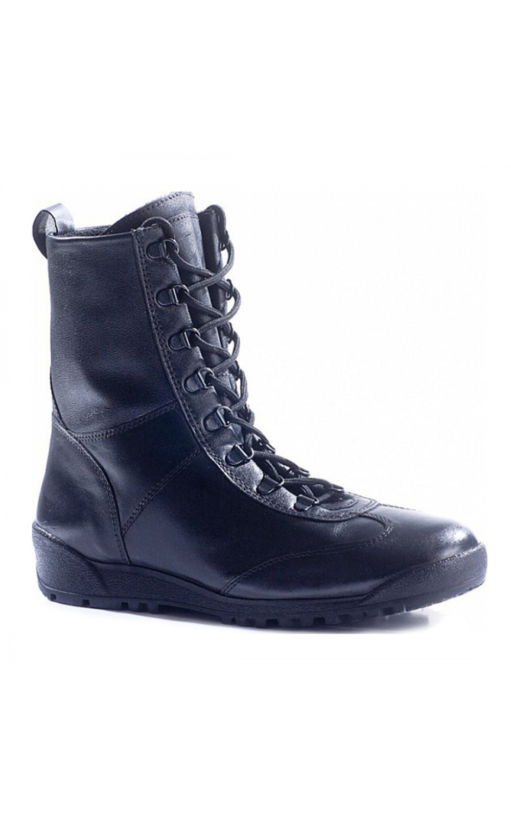 Ботинки Бутекс 12011 Кобра, кожа (41)Ботинки для активного отдыха<br>Идеально подойдут для людей, которые выбирают <br>активный образ жизни. Легкие, будут актуальны <br>для ношения во время весеннего-летнего <br>сезона в дождливую и мокрую погоду. Особенности: <br>- металлический супинатор; - глухой клапан, <br>предохраняющий ногу от воздействий окружающей <br>среды; - система скоростной шнуровки; - задник <br>и подносок сделаны из термопластического <br>материала; - удобный в эксплуатации мягкий <br>кант; - подкладка изготовлена из гипоаллергенной <br>ламинированной сетки; - амортизирующая <br>вставка в пяточной части.<br><br>Пол: мужской<br>Размер: 41<br>Сезон: лето<br>Цвет: черный<br>Материал: гидрофобная кожа