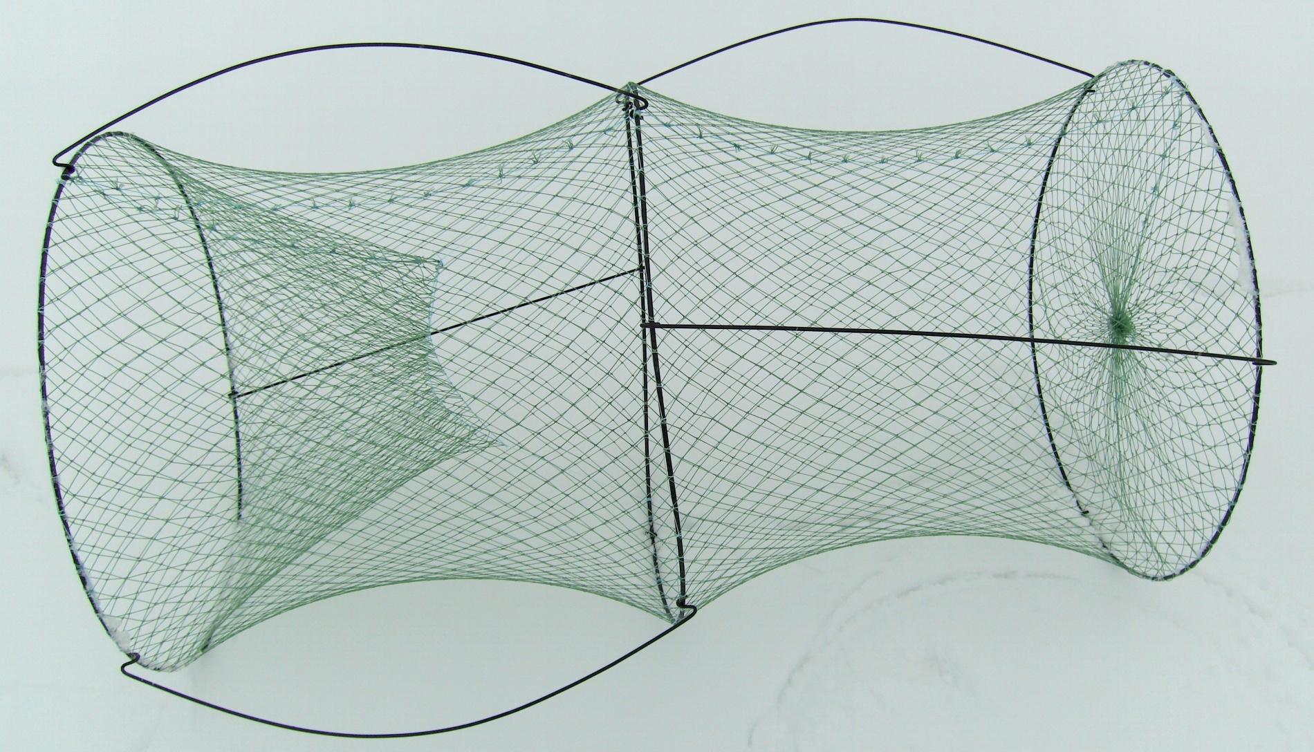 Верша одновходная d=50 яч. 20ммПодъемники<br>Верша одновходная d=50мм, яч20мм. Применяется <br>для ловли рыбы в заросших водоемах, где <br>невозможна ловля удочкой. Для того чтобы <br>вход-щель стоял вертикально применяется <br>смещение центра тяжести за счет стоек<br>