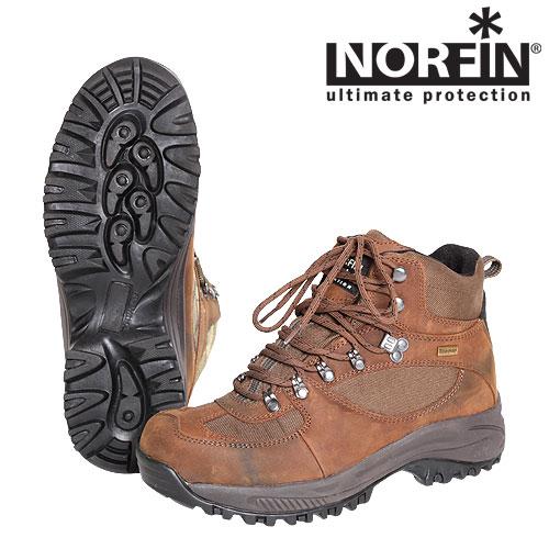 """Ботинки Norfin ScoutБотинки для трекинга<br>Трекинговые ботинки предназначены для <br>охоты, активного отдыха и рыбалки. Легкий <br>утеплитель и высокая подошва ботинок не <br>даст ногам замерзнуть ранней весной или <br>осенью. Изготовлены из влагостойкого мембранного <br>материала. Особенности: - приподнятая подошва <br>под мыском для защиты; - верхняя часть ботинок <br>сделана из мембранного материала; - легкий <br>утеплитель Thinsulate; - подошва из резины и EVA; <br>- петля на задней части ботинка для удобства <br>одевания; - сплошной """"язычок"""" исключающий <br>попадание влаги внутрь; - невынимаемая внутренняя <br>стелька; - глубокий протектор для сцепления.<br><br>Пол: мужской<br>Размер: 40<br>Сезон: лето<br>Цвет: коричневый"""
