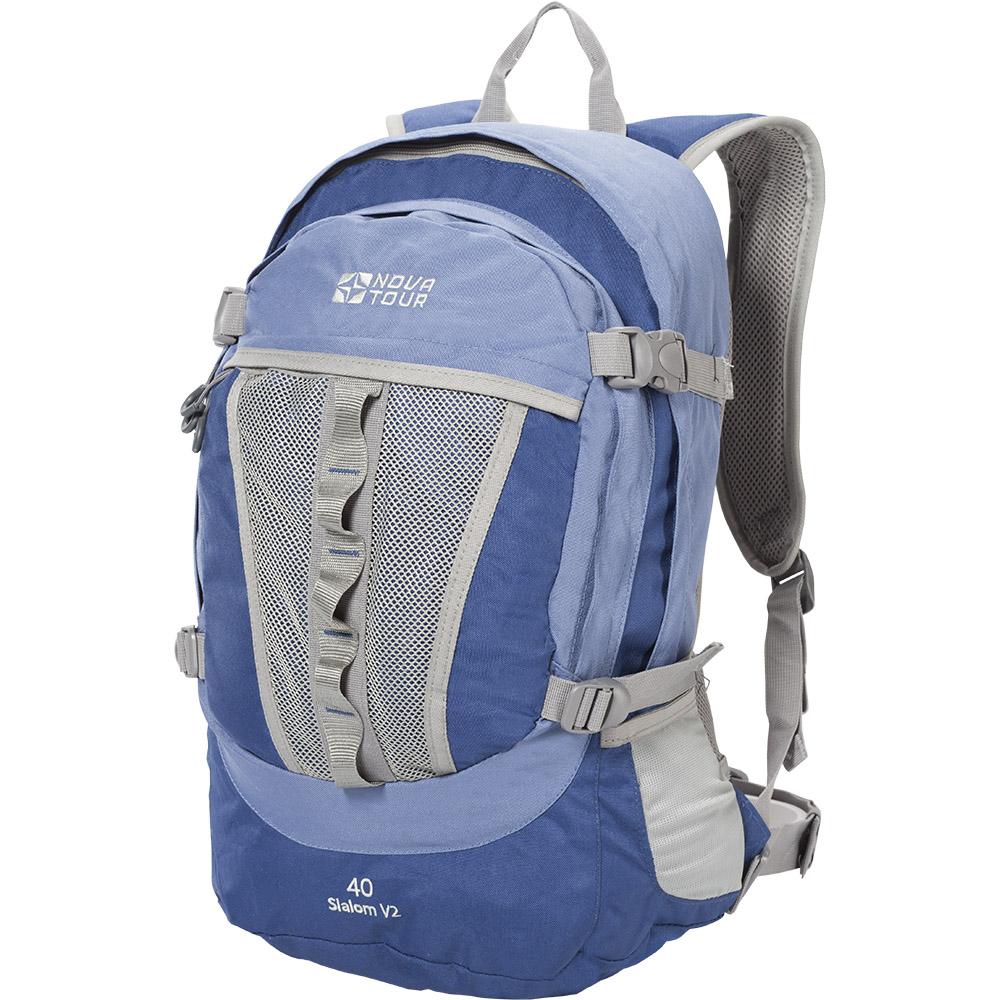 Рюкзак Слалом 40 V2 синий/голубой NOVA TOURРюкзаки<br>Городской рюкзак большого объема. Если <br>все, что нужно ежедневно носить с собой, <br>не помещается в обычный рюкзак, то «Слалом <br>40 V2» и «Слалом 55 V2» специально для вас. Два <br>вместительных отделения можно уменьшить <br>боковыми стяжками или наоборот, если что-то <br>не поместилось внутри, навесить снаружи <br>на узлы крепления. Для удобства переноски <br>тяжелого груза, на спинке предусмотрена <br>удобная система подушек Air Mesh. Размеры: Высота <br>50см. Ширина 25см. Длина 32см.<br><br>Пол: унисекс<br>Цвет: голубой