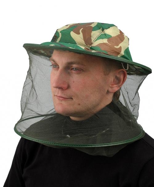 Накомарник-панамаПанамы<br>Панама с полиэфирной сеткой, нижняя часть <br>сетки на эластичной ленте. Накомарник предназначен <br>для надежной защиты от комаров. Область <br>защиты охватывает голову и шею. Он пригодится <br>грибникам, рыбакам, охотникам, дачникам <br>и всем тем, кто проводит время на природе, <br>особенно в лесу.Сетка черного цвета создает <br>минимум помех для зрения. Накомарник в сложенном <br>виде занимает минимум места.<br><br>Пол: мужской<br>Сезон: лето<br>Цвет: зеленый<br>Материал: 100% полиэстер