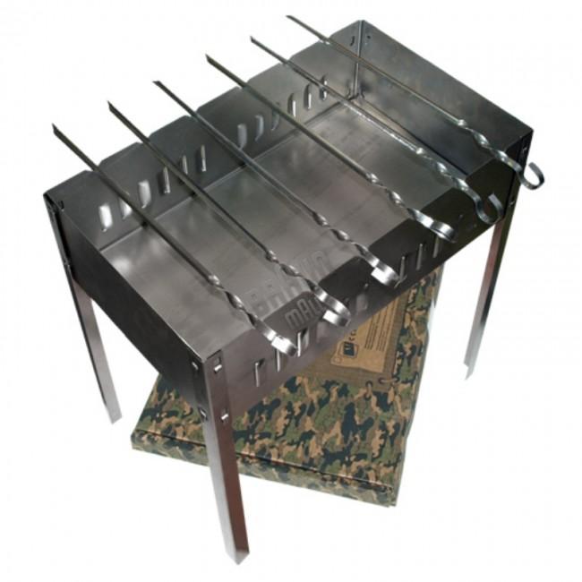 """Мангал BOYSCOUT 500х300х500х0,8мм, сборный + 6 шампуров Коптильни<br>Мангал сборный 6 шампуров В картонной коробке <br>""""BOYSCOUT"""" Размер: 350х250х350х0,5 мм Мангал Boyscout <br>61237 обладает прекрасной комплектацией с <br>шестью шампурами. Всё это полностью упаковано <br>в фирменную упаковку из картона и готово <br>к применению, Вам необходимо только собрать <br>мангал. А благодаря специальной технологии, <br>собрать его удивительно просто.<br>"""