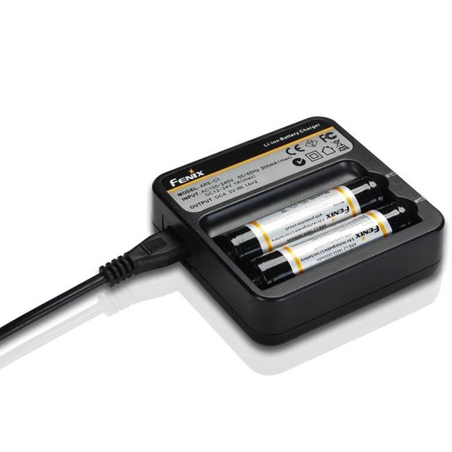 Зарядное устройство Fenix Charger ARE-C1 2x18650 зарядное для литиевых аккумуляторов купить