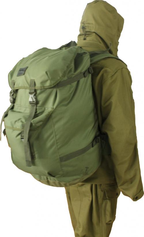 Рюкзак Tour-68 70 литров оксфордРюкзаки<br>Туристический рюкзак с основным объёмом <br>70 литров и дополнительным карманом на 15 <br>литров для быстрого доступа к мелким предметам. <br>Широкие и мягкие лямки плечевой и поясной <br>систем позволяют переносить максимальный <br>вес без излишней нагрузки на плечи. Утяжки <br>на клапане и по бокам рюкзака дают возможность <br>регулировать объём. Изготовлен из ткани <br> Oxford 600D (материал из полиэфирного волокна, <br>особое переплетение которого, обеспечивает <br>высокие прочностные характеристики, износостойкость <br>изделиям из этой ткани. Полиуретановое <br>покрытие обеспечивает водоупорные и водоотталкивающие <br>свойства и препятствует накоплению грязи <br>между волокнами.)<br>
