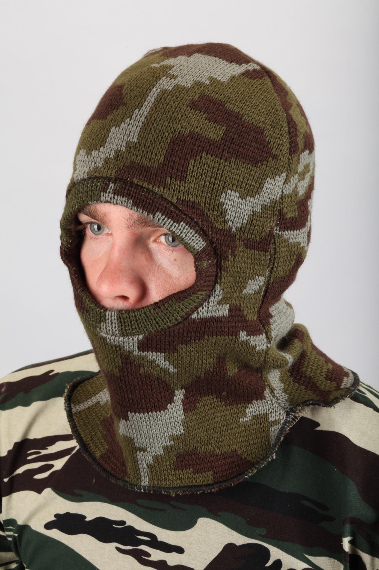 Балаклава трикотажная КМФ лесБалаклавы, маски<br>Подшлемник предназначен для защиты от <br>пониженных температур и механических воздействий, <br>одевается под защитную каску или без неё.<br><br>Сезон: зима<br>Материал: Трикотаж (90% акрил, 10% шерсть)