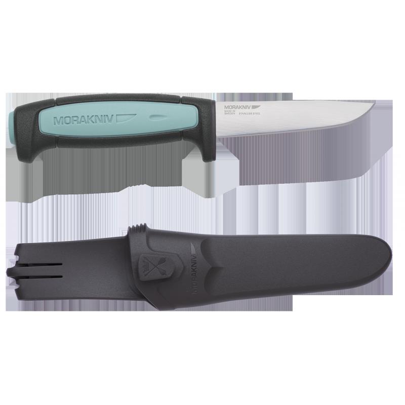 Нож Morakniv Flex, нержавеющая сталь, 12248Ножи<br>Описание ножа Morakniv Flex, нержавеющая сталь: <br>Шведская компания Mora of Sweden на рынке режущего <br>инструмента работает около 10 лет. Однако <br>за такой промежуток времени смогла достигнуть <br>хорошего положения на нем. Этого удалось <br>достичь благодаря использованию многолетнего <br>опыта производителей KJ Eriksson и Frost's Knife factory, <br>которые в 2005 году под своим началом собрала <br>компания Mora of Sweden. Продукция торговой марки <br>отличается высоким качеством и надежностью. <br>Нож Morakniv Flex во многом похож на классическую <br>модель Morakniv Basic, отличаясь размерами и конструктивными <br>особенностями. В модели применено лезвие <br>формы drop-point с прямой заточкой режущей кромки, <br>что позволяет ножу одинаково хорошо резать <br>и колоть. Общая длина ножа немного больше <br>20 см, а длина лезвия составляет почти 9 см. <br>Толщина лезвия в обухе составляет всего <br>1.3 мм, что говорит о хорошей гибкости клинка, <br>отсюда и название модели Flex – англ. гибкий. <br>Для изготовления лезвия была выбрана нержавеющая <br>сталь, произведенная по специальной технологии, <br>которую компания держит в секрете. Данная <br>сталь обладает отличной эластичностью <br>и твердостью, а также позволяет клинку долго <br>сохранять заводскую заточку. Рукоять эргономичной <br>формы, как в модели серии Basic, не доставляет <br>неудобств при использовании инструмента. <br>Для ее изготовления был использован прорезиненный <br>пластик черного цвета со вставками светло-синего <br>цвета. По традиции, нож комплектуется пластиковыми <br>ножнами черного цвета с надежной фиксацией <br>клинка и удобным зажимом для крепления <br>на поясе. Особенности: клинок из нержавеющей <br>стали; рукоятка из прорезиненного пластика; <br>клинок формы drop-point c толщиной в обухе 1.3 <br>мм; прямая заточка; длина ножа – 203 мм, длина <br>лезвия – 88 мм. вес – 96 грамм. Гарантия: Производители <br>полностью уверены в высоком к