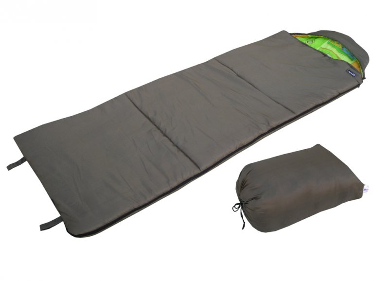Спальный мешок БАТЫР СОК-4 (220*75) зеленый Спальники<br>Спальник мешок БАТЫР СОК-4 - удобный спальный <br>мешок для прохладной погоды. Размер 220*75 <br>см. Материал внешний: Taffeta 190T. Цвет: олива. <br>Внутренний материал: бязь. Утеплитель: Холлофайбер. <br>Температурный режим: t комфорта: - 5С +10С. <br>t экстрима: - 12 С. Вес - 1,65кг. Разъемная молния, <br>позволяющая соединять 2 спальника вместе. <br>Шнуры с фиксаторами для регулировки капюшона. <br>Боковая застежка на липучке. Петли для подвешивания <br>спальника во время просушки. Упаковочный <br>чехол с ручкой для переноски.<br><br>Сезон: зима