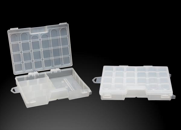 Органайзер одинарный малый (270х190х40)Коробки для приманок<br>Органайзер однополочный со съёмными перегородками, <br>предназначен для хранения мелких рыболовных <br>принадлежностей (крючки, грузила и т.д.). <br>Органайзер имеет утопленную ручку.<br>