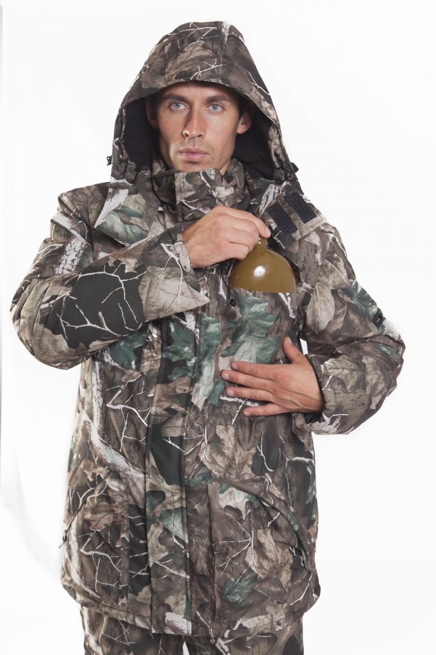 Костюм мужской Нерпа зимний, тк.микрофибра Костюмы утепленные<br>Костюм Нерпа Костюм для зимней рыбалки <br>и отдыха на природе. Удлиненная куртка с <br>ветрозащитной планкой и непродуваемым <br>воротником-стойкой сохранит тепло и надёжно <br>защитит от ветра и влаги. Полукомбинезон <br>с анатомическим кроем колена и изолоновыми <br>вставками обеспечит дополнительный комфорт. <br>Технические характеристики Куртка •свободный <br>крой •центральная застежка молния •ветрозащитный <br>клапан •регулирующийся отстегивающийся <br>капюшон •два нагрудных накладных кармана <br>с клапаном •два боковых накладных кармана <br>с клапаном •один внутренний накладной <br>карман с застежкой молния Полукомбинезон <br>•центральная застежка молния •два боковых <br>кармана на застежке молния •эластичная <br>лента в области талии •анатомический крой <br>колена •изолоновые съемные вставки в области <br>колена •низ брючин увеличивается в объеме <br>за счет боковых застежек молния<br><br>Пол: мужской<br>Размер: 52-54<br>Рост: 182-188<br>Сезон: зима<br>Материал: мембрана