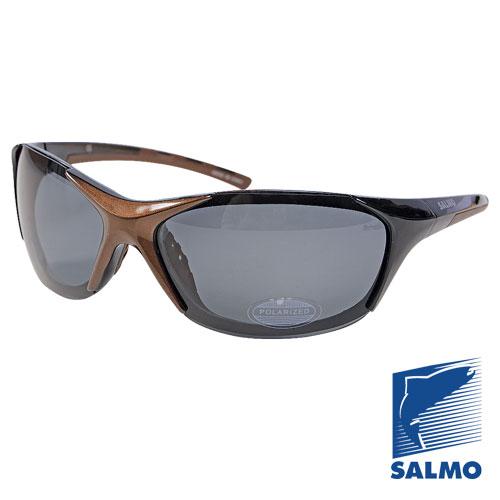 Очки Поляризационные Salmo 14Очки для активного отдыха<br>Очки поляризационные Salmo 14 толщ.линз.0,65мм/мат.опр.поликарбонат <br>Поляризационные очки предохраняют глаза <br>рыболова от инфракрасного излучения солнца. <br>Они снижают солнечные блики от воды, во <br>время рыбалки. Эти очки позволяют рыболову <br>смотреть «сквозь воду» и ловить рыбу целый <br>день против солнца. • Мягкий защитный чехол. <br>• Ярлык-тестер, для проверки качества поляризации.<br><br>Пол: унисекс<br>Сезон: все сезоны